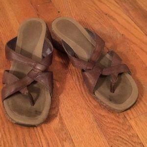 Merrell sandals- air cushion